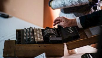 "Alan Turing. Ο μαθηματικός που ""έληξε"" τον Β' Παγκόσμιο Πόλεμο."